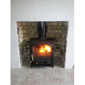 Town and Country Little Thurlow 5kw multifuel stove